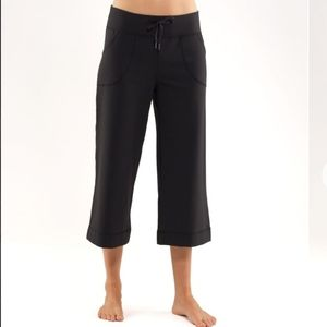 Lululemon Wide Leg Crop Pants 19""